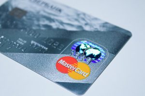 plastic-card-1647376_960_720
